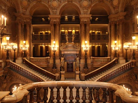 Opéra Garnier-escalier - Photo Claude Marti